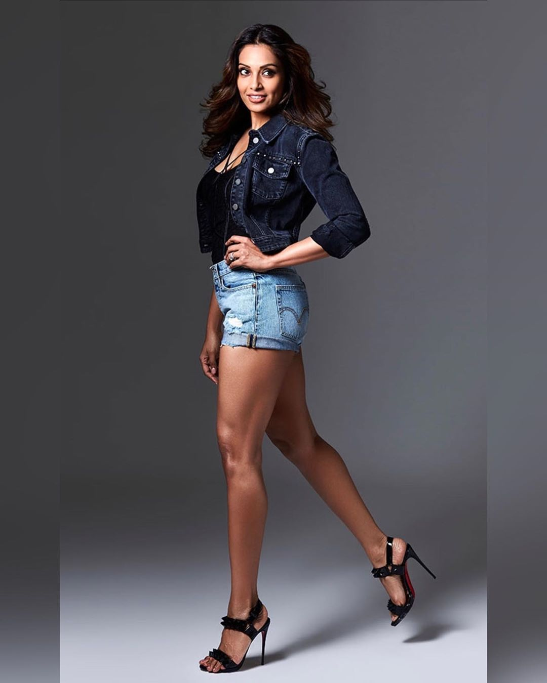 Bipasha Basu Photos